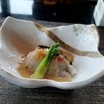 鉄板焼 「金葉亭」 - 真鯛の昆布〆 ゴマドレッシングだった…と。
