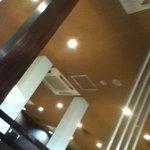 10320502 - 天井がすごく高い。煙リが回らないのでいい。