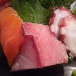 地球食堂 - サーモン、鰤、蛸