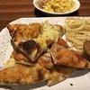 シェーキーズ - 料理写真:4種類をてんこ盛り‹‹\(´ω` )/››‹‹\(  ´)/›› ‹‹\( ´ω`)/››~♪