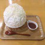 103202316 - 春季限定チーズ&チーズ、ピオーネ小鉢100円