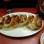 赤羽餃子センター - ビールと餃子
