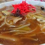 五右ェ門 - 盛りが少ないのは、スープ少なめの特注だからです(^^;)