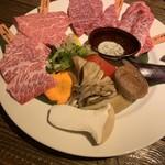103214346 - 北海道和牛「特上」焼肉セット