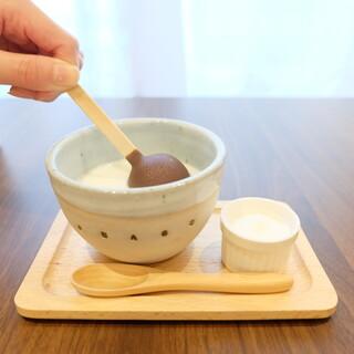 ボンヌ カフェ - ホットスティクチョコレート〜食べ方①〜