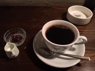 ELEPHANT FACTORY COFFEE - Black Coffeeってのが俺の名前