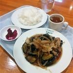 らーめんハウスあめみや - 料理写真:ナスと肉の生姜炒め(本日の定食650円)