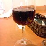キッチン ポアレ - グラスワイン400円