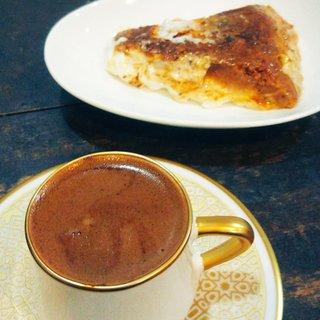中東カフェ・文化サロン フィンジャン