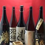 料理屋 三船 - プレミアム酒など各種日本酒取り揃えております。