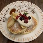 perch - ペルチ特製パンケーキ 842円