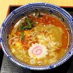 103274637 - 担々スープは濃厚な胡麻風味! 思ったよりピリ辛度が高く、心地よい刺激を楽しめる