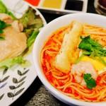 103287786 - 海南鶏飯+ミニラクサ