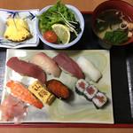 山源 - 料理写真:ランチ、すしセット、税込1,200円