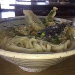 うどんの一平 - 素朴なうどんに 素朴な内容の天ぷら       この天ぷら串はおススメ