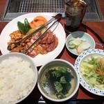 朝鮮飯店 - 料理写真: