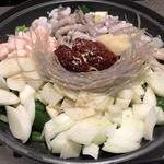 Korean Dining ハラペコ食堂 - ナッコプセ、こんな感じで登場~