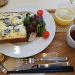 SHIBUYA BOOK CAFE by HAPPY SCIENCE - しあわせのブルーチーズトースト(1000円)