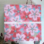 103310197 - 桜が満開の外箱
