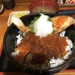 呑み処 圭 - 鮭といくらの親子丼 1,000円