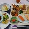 伊那華 - 料理写真:夜のバイキング。これ以外に蟹やお蕎麦、デザートなども有。