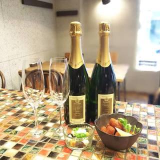安旨オーガニックワインと各種カクテルとレアな冷酒