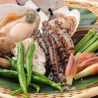 旨みの詰まった旬の食材が織りなす天ぷら料理