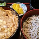 生そば 福楽 - ランチセット「カツ丼&冷たい蕎麦」! ボリューミーなサービスメニューです。