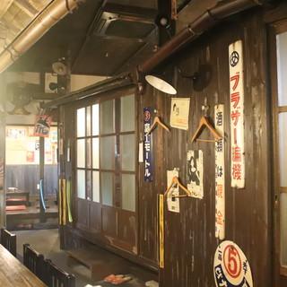 昭和でレトロな店内♪全席掘りごたつ♪個室も完備