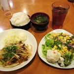 豚平牛吉 - 牛焼肉定食