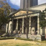 旧桜宮公会堂 - 外観1:旧造幣寮鋳造所正面玄関