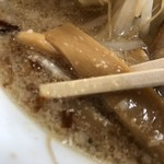 麺の蔵 - 濃いめ味付けのメンマ。