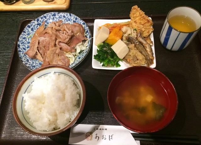 唐揚げと手作り家庭料理 あおば 大井町酒場の料理の写真