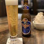 あなたの心に残る シンガポール キッチン&バーHOLIC - タイガービール 780円。