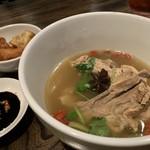 あなたの心に残る シンガポール キッチン&バーHOLIC - バクテー 1,400円。