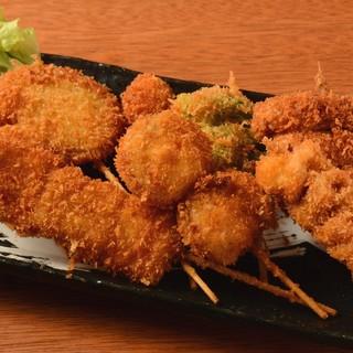 ★串カツは100円~♪コスパ自慢の豊富な料理♪