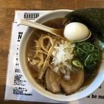 麺屋ダイニング ナナシ - 煮干しらー麺味玉入り(黒)