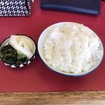 彦ちゃん - チャンポンセットの小ご飯と漬物!