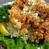 居酒屋 小ばちゃん - 料理写真:小ばちゃん特製ザンギ(若鶏の唐揚げ)