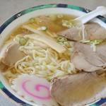 麺龍 - チャーシュー麺(ハーフ&ハーフ) 734円