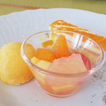 カーロ・エ・カーラ - ドルチェ バレンシアオレンジ。和歌山みかんは??(笑)