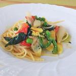 カーロ・エ・カーラ - 春野菜のスパゲティ   プリマヴェーラ