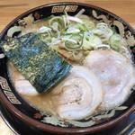 関西 風来軒 - 豚骨ラーメン750円(税込)