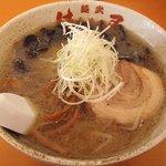 麺武 はちまき屋 - しおラーメン;薄め・キクラゲ多め @2010/07/18