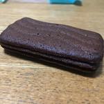 東京カンパネラ - 波模様のラングドシャ(3層になってます)