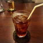 SALAO - 烏龍茶(400円)