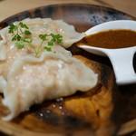 GYOZA SHACK - 竹の子と白ゴマのシャキシャキ餃子 水