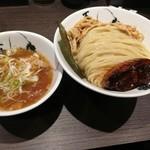 麺屋武蔵 五輪洞 - 濃厚つけ麺中盛950円