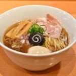 らぁ麺 はやし田 - 料理写真:味玉のどぐろそば@税込1,100円:全景