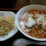 10341916 - 担担麺と半チャーハンセット
